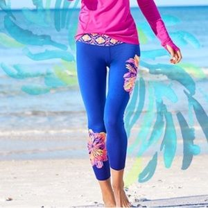 Lilly Pulitzer Luxletic Capri Leggings Blue Sz Lrg